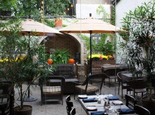 Astoria Restaurant 11